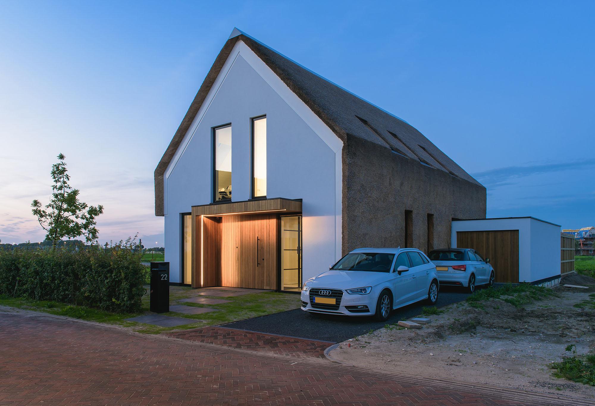 JURY-House008-rietendak-entree-modern-01