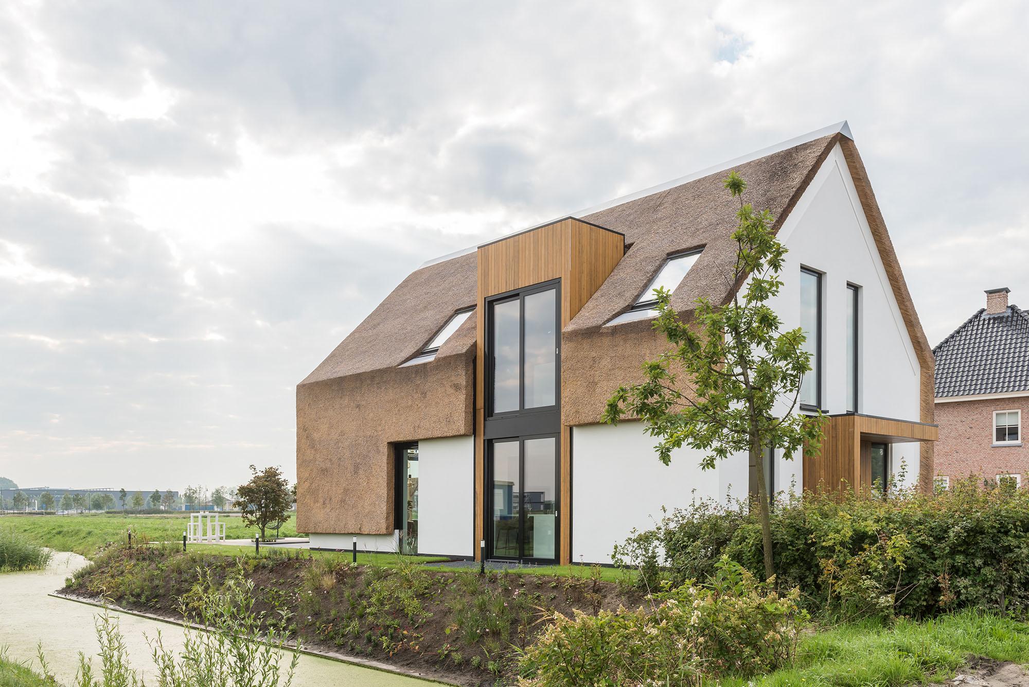 JURY-House008-rietendak-vliesgevel-modern-04